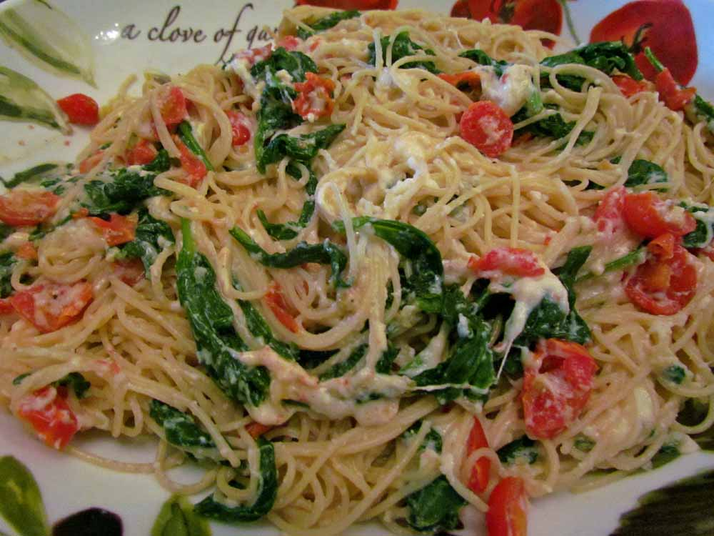 15 Minute Meal: Spinach Ricotta Pasta