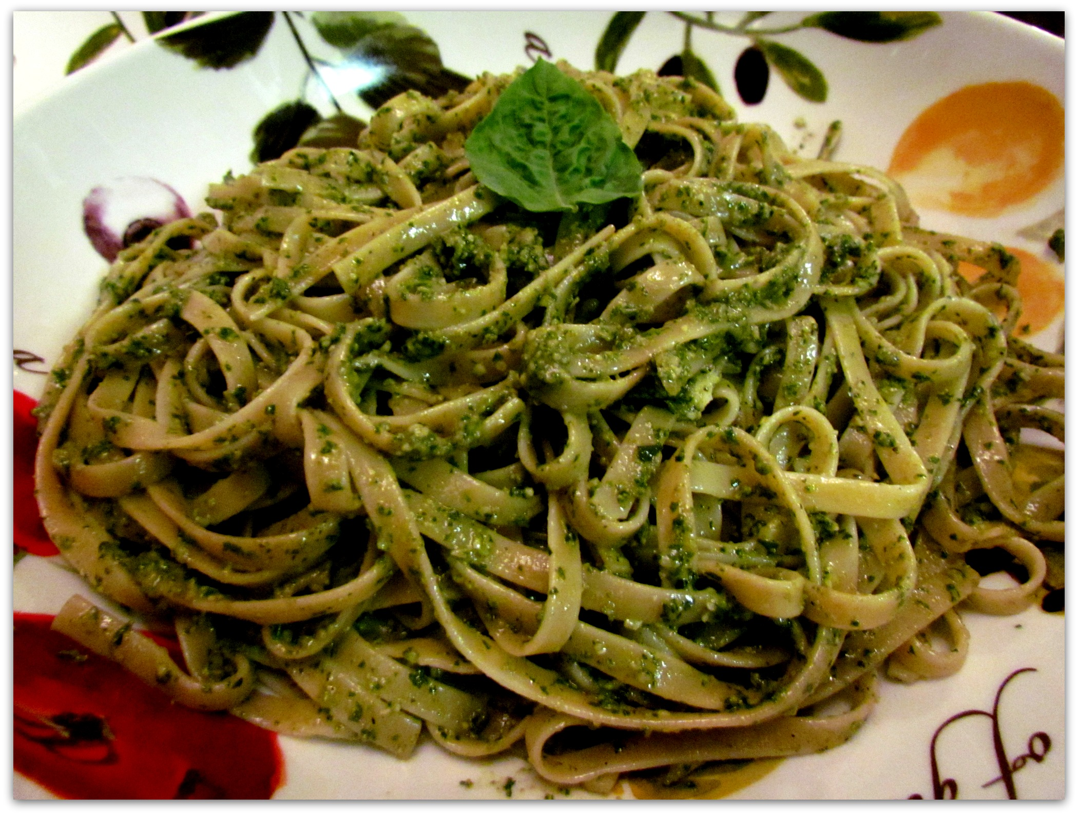 Fettuccine with Pesto Wine Sauce