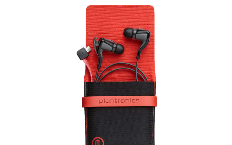 Thanksgiving 10K, My Holiday Shopping List & Plantronics Bluetooth Headphones Review