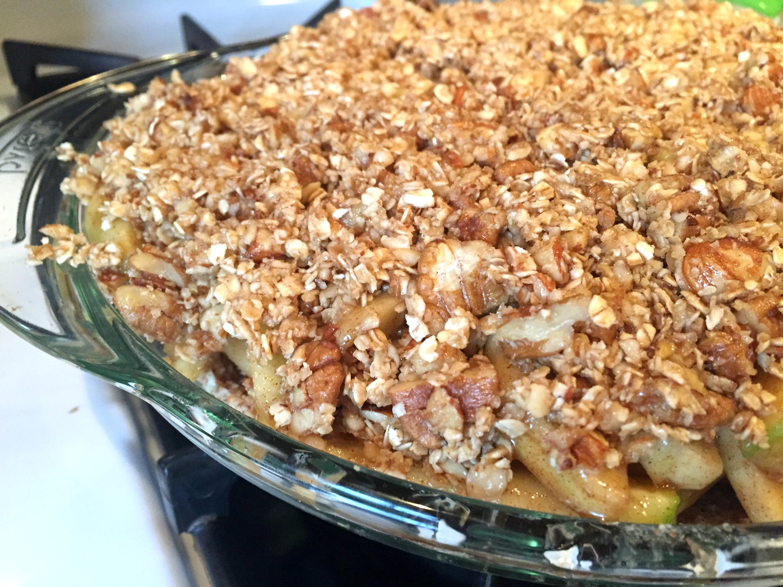 Healthy Apple Crumb Pie