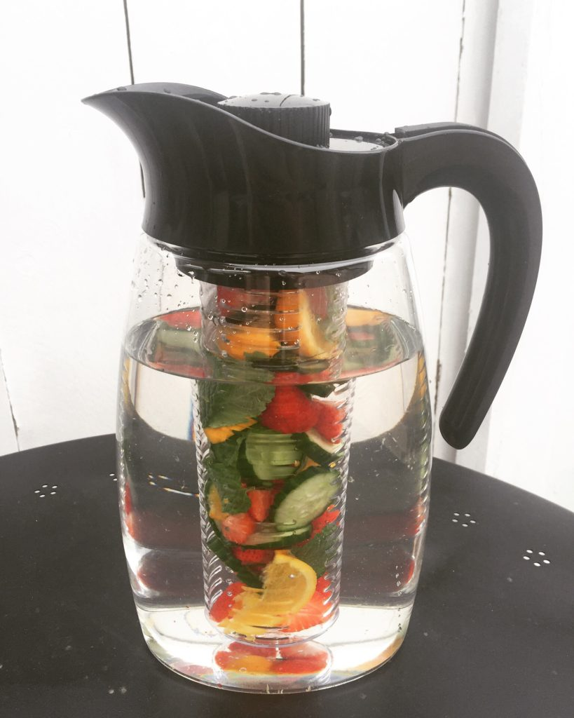 water infuser pitcher