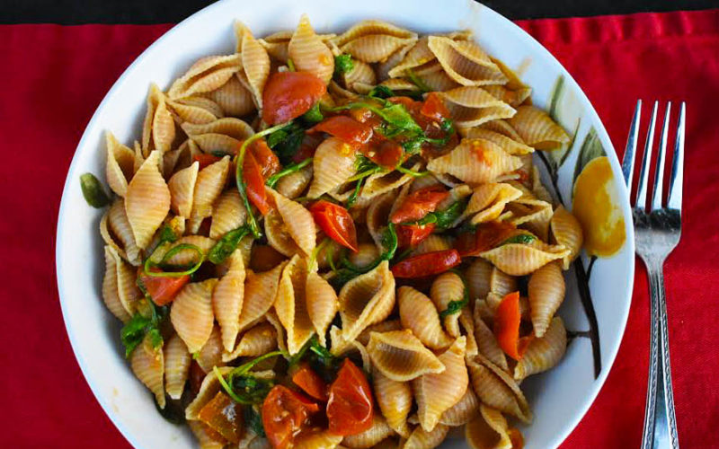Pasta Shells with Easy Arugula Cherry Tomato Sauce [vegan]