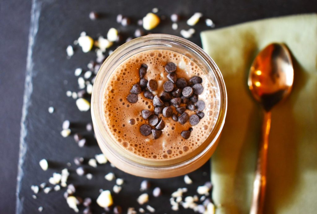 Iron rich green superfood chocolate mint smoothie vegan gf todays recipe is a super tasty healthy smoothie that fits in lots of superfoods nutrients so were getting lots of bang for our buck forumfinder Image collections